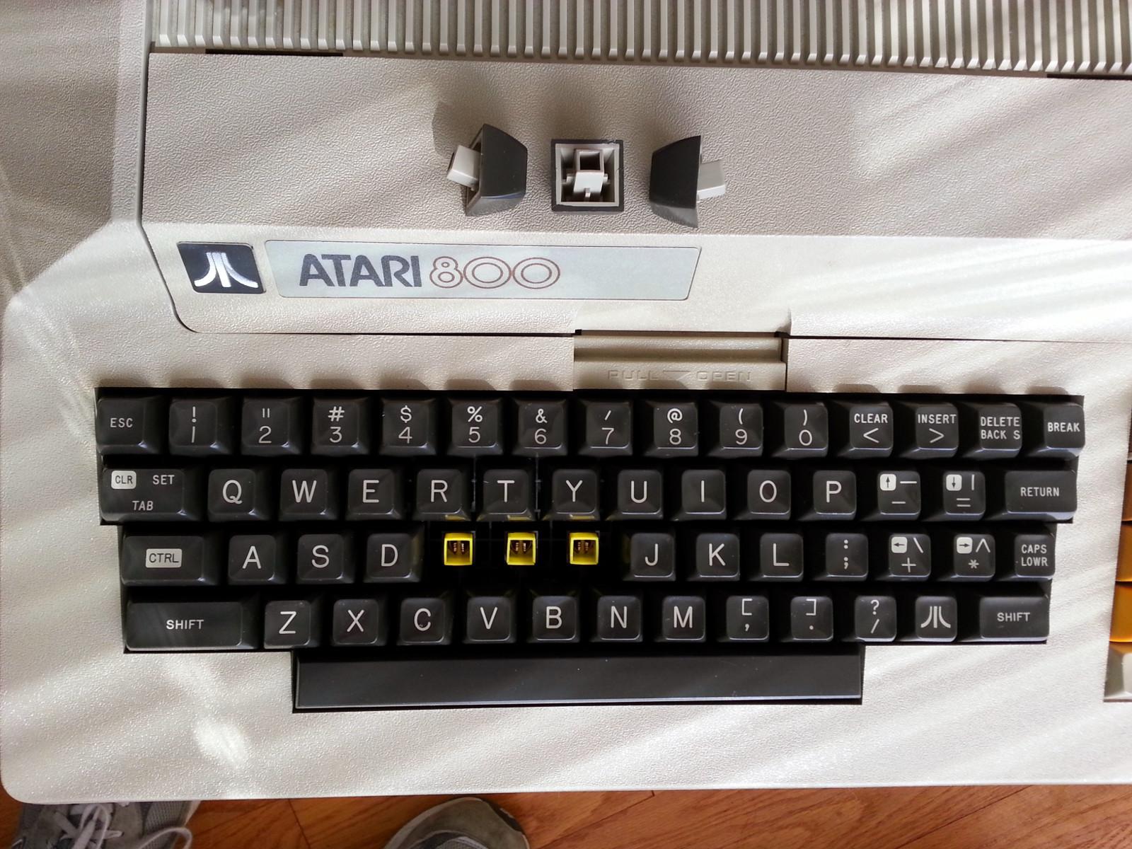 Atari 800 NTSC 3key.jpg