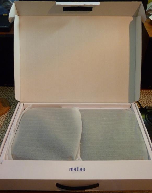 matias_ergo_pro_pizza_briefcase.jpg