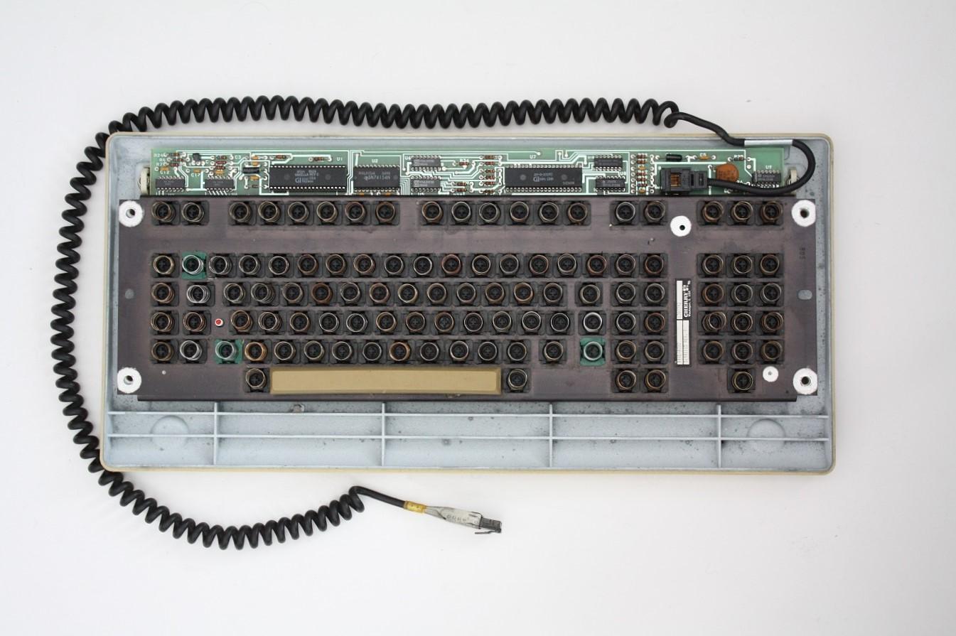 Cherry Terminal Keyboard - keyboard mechanism no key caps.jpg