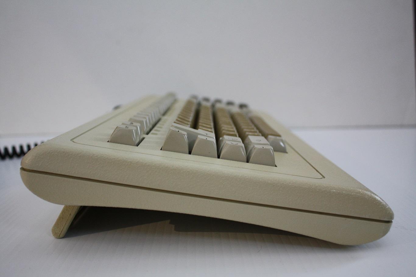 Cherry Terminal Keyboard - Profile.jpg
