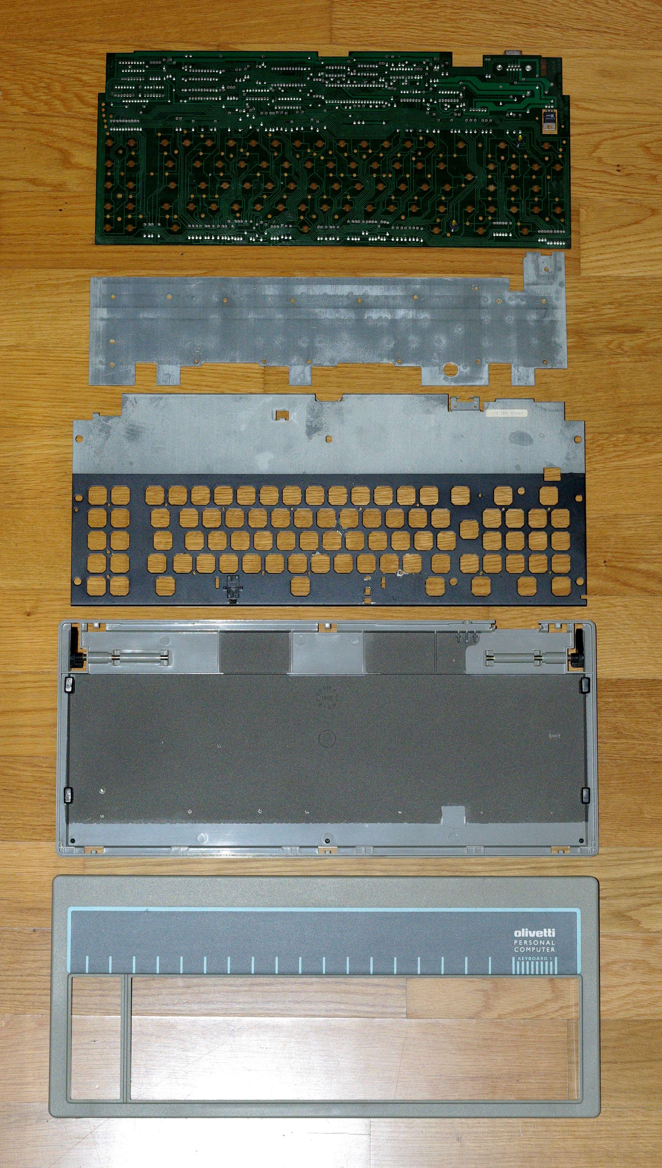 Olivetti ANK 2463 parts.JPG