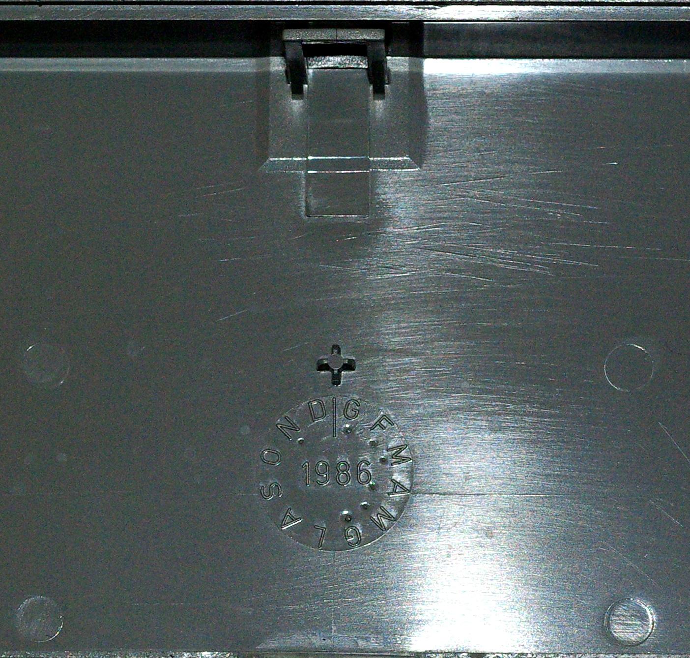 Olivetti ANK 2463 case date2.JPG