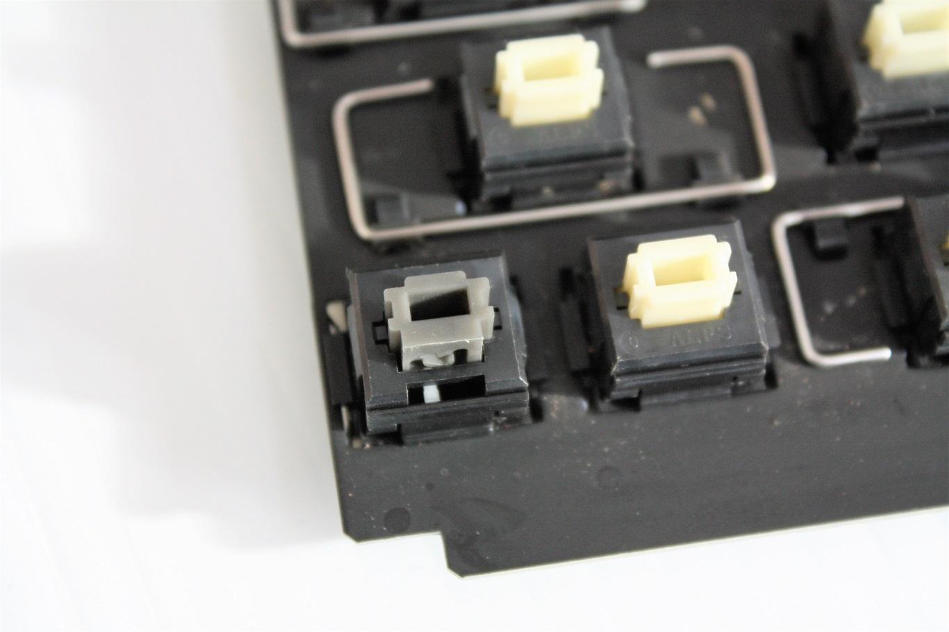 Mac Portable A  - Caps Lock.JPG