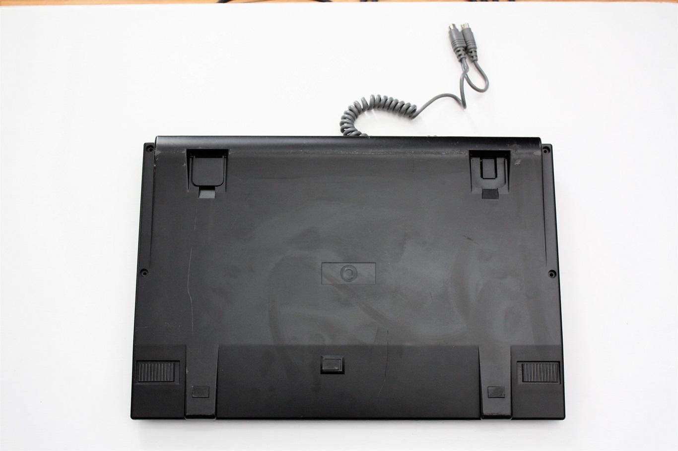Prism N7 - keyboard back.JPG