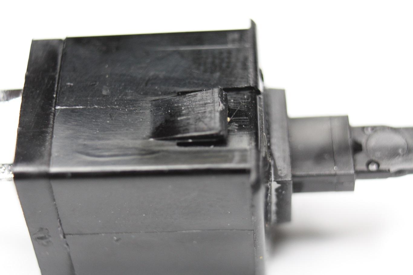 Cherry T - plate mount locking.JPG