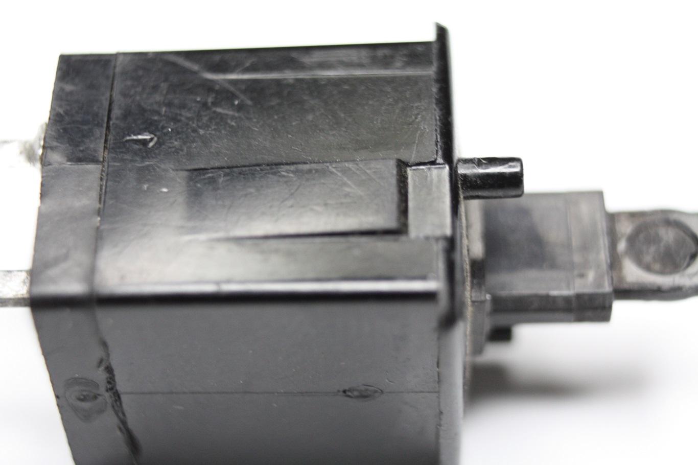 Cherry Crosspoint - plate mount non-locking.JPG
