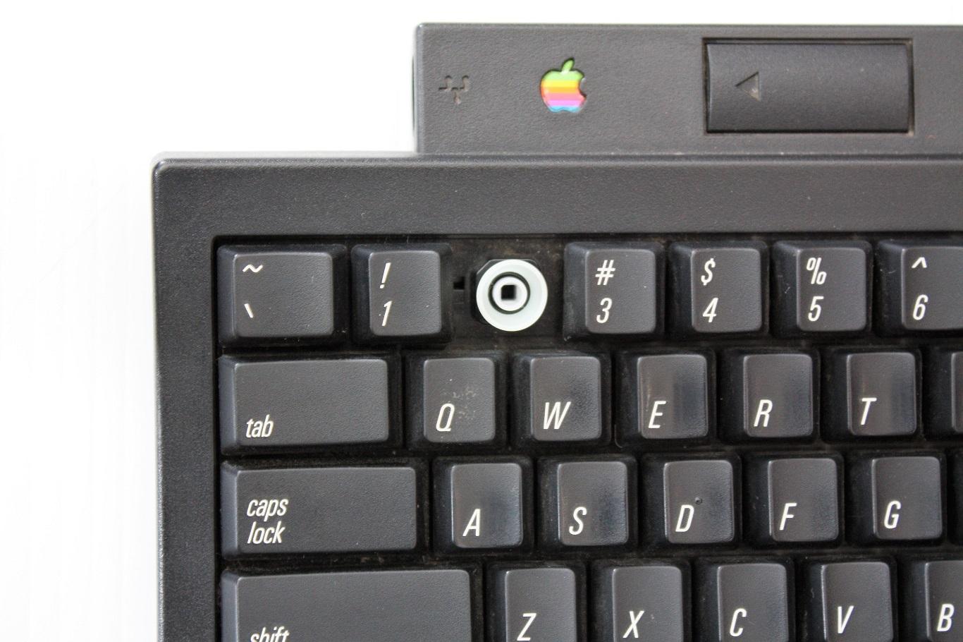 Macintosh TV - key switch.JPG