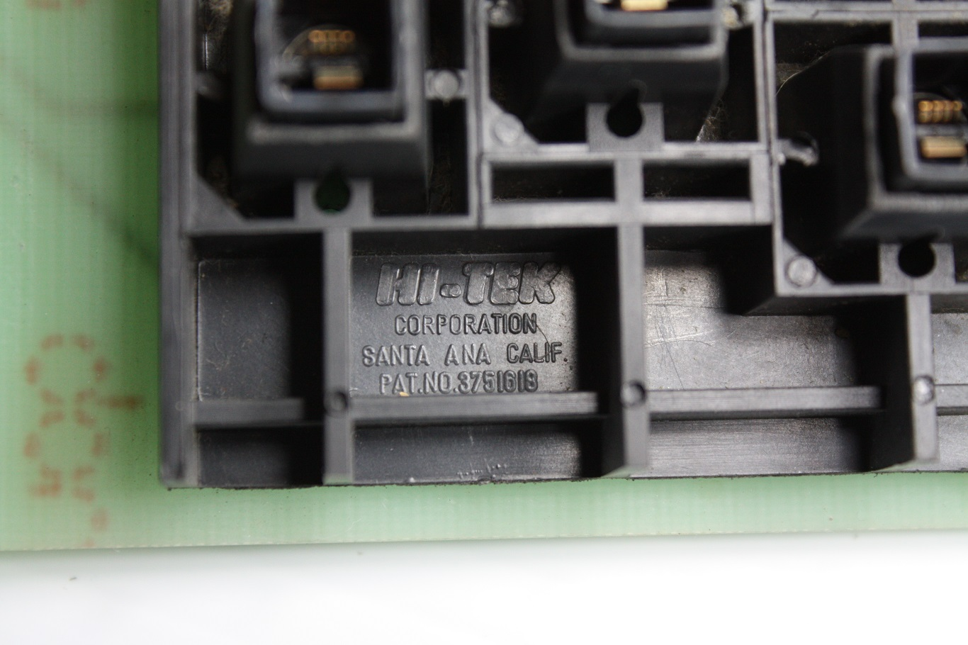 Exidy Sorcerer - Hi-Tek markings.JPG