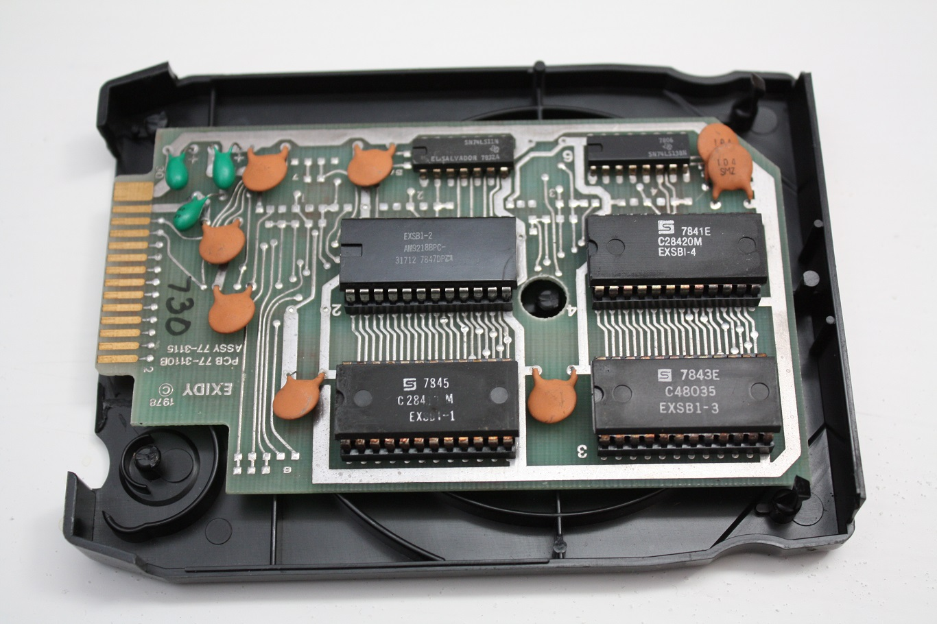 Exidy Sorcerer - BASIC 8-track tape cartridge internals.JPG