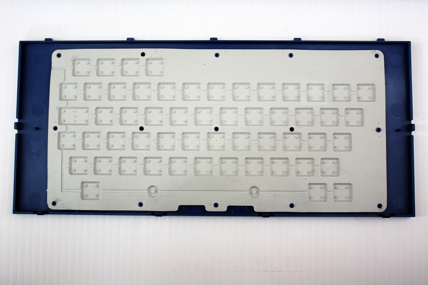 Tomy Tutor - keyboard rubber chicklet keys.JPG