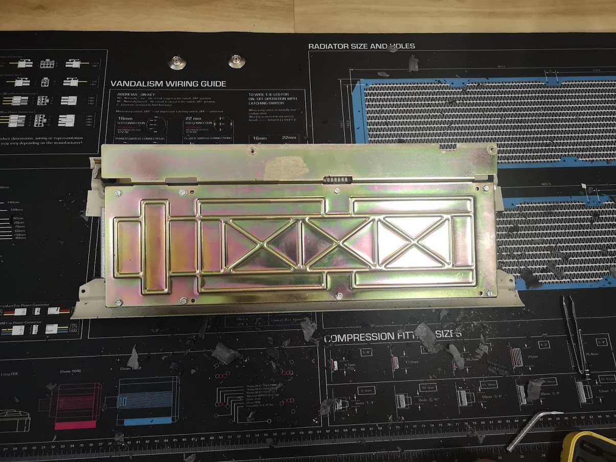 Backplate i great condition.jpg