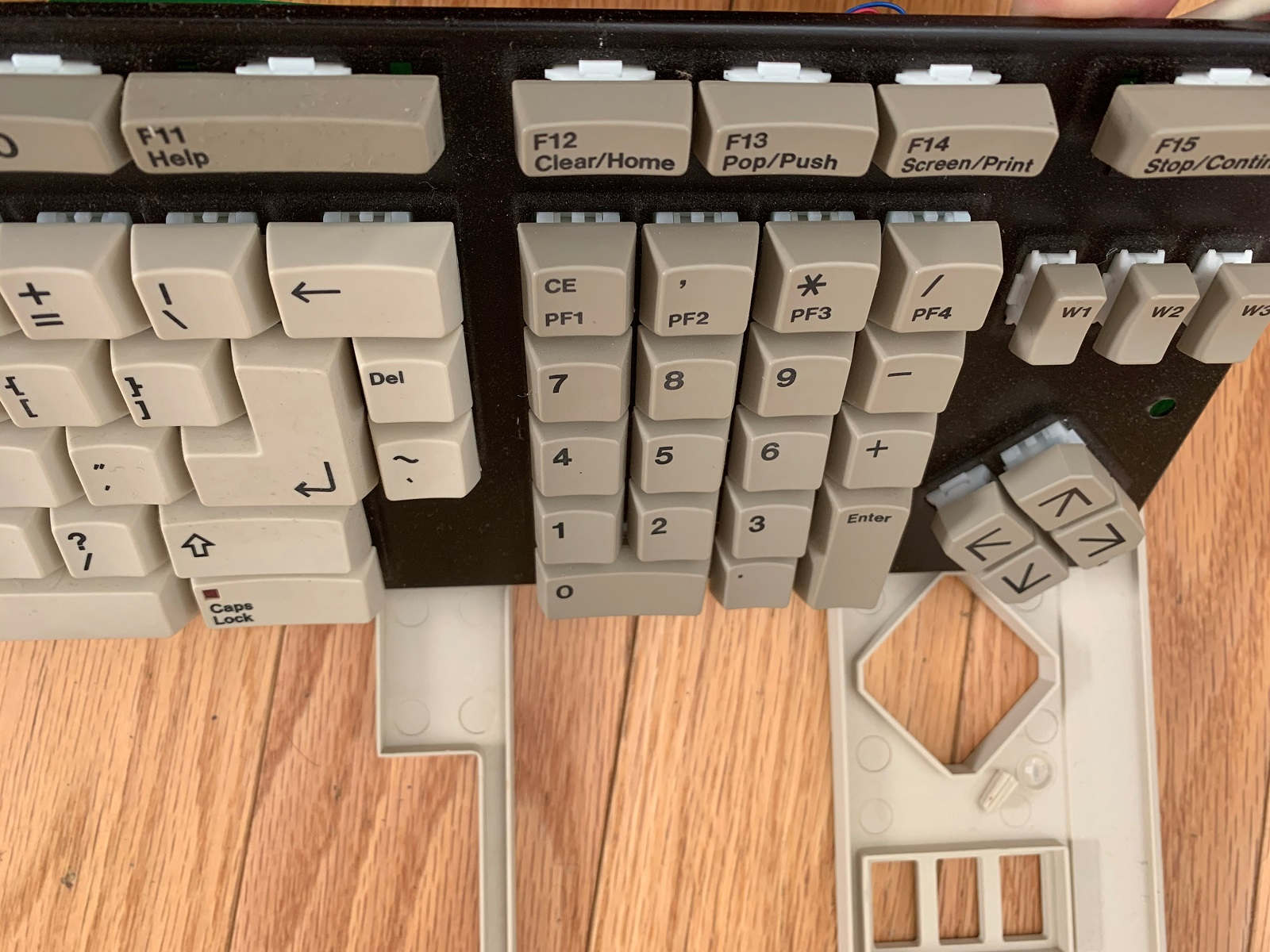 Keyboard metal base plate and switches