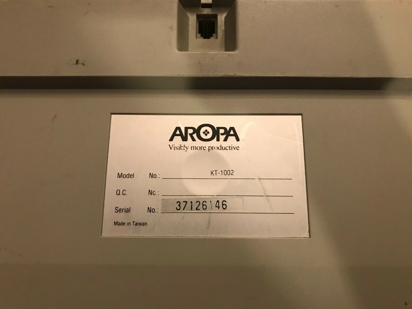 aropa label.jpg